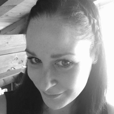 Bettina Steinke Headshot