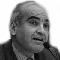 Bijan Khajehpour Headshot
