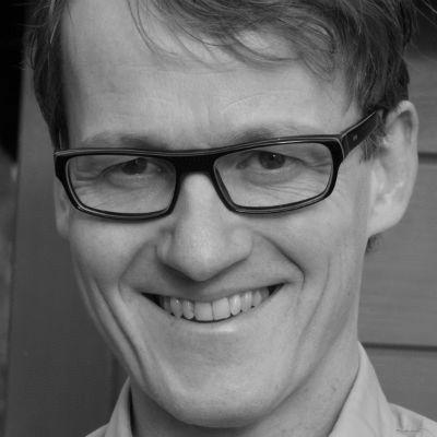 Björn Süfke Headshot