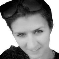 Carla Schiappa Headshot
