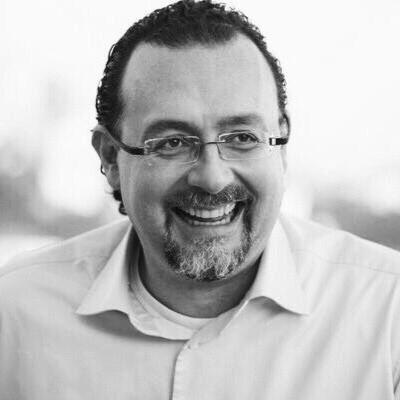 Carlos Bezerra Jr. Headshot