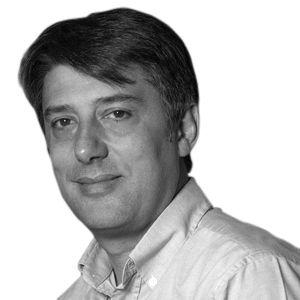 Carlos Hernández Fernández Headshot