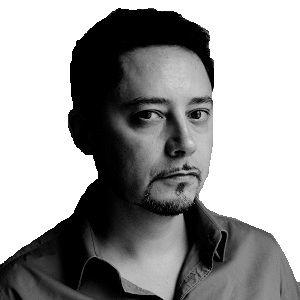 Carlos Tinoco Headshot
