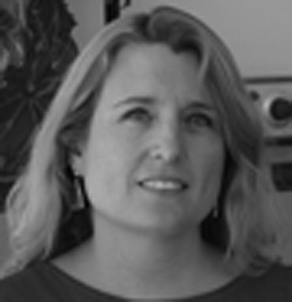 Caroline Senneville