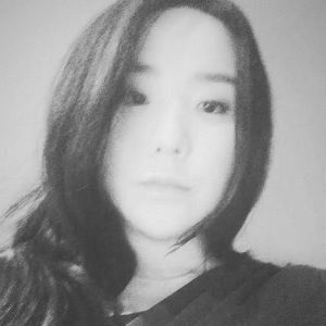 김영주 Headshot
