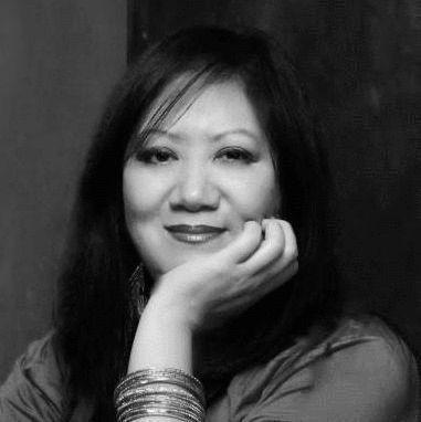 Caryn Chow Headshot
