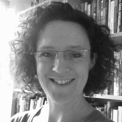Catherine McNamara Headshot