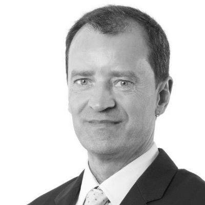 Dr. Christian Weymayr Headshot