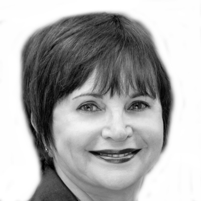 Cindy Williams Headshot