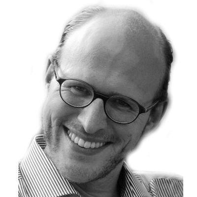 Clemens Schneider Headshot