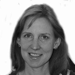 Corinna Clendenen Headshot