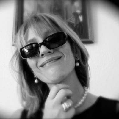 Cornelia Lohs Headshot