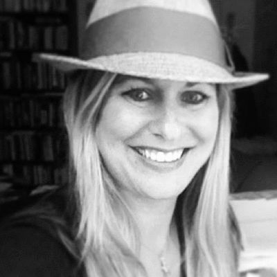 Cynthia Boaz Headshot