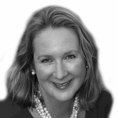 Cynthia Carr Falardeau Headshot