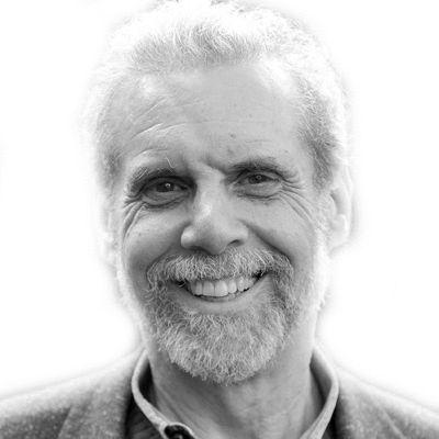 Daniel Goleman Headshot