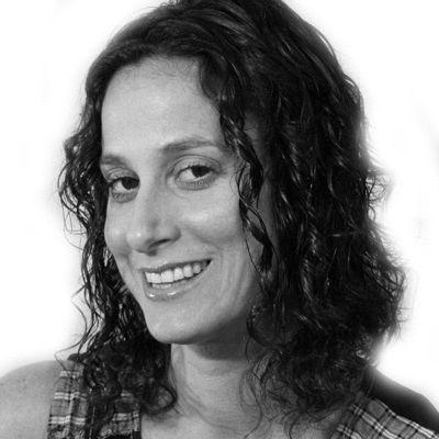 Dana Geffner Headshot