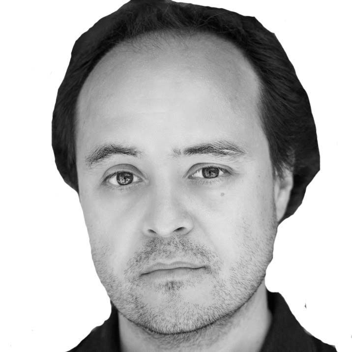 Daniel Cubias Headshot