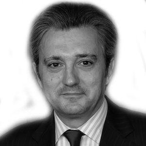 Daniel Keller Headshot