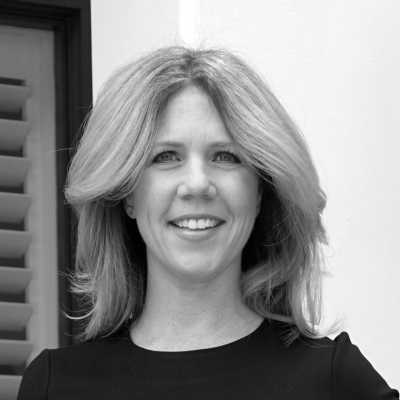 Deborah Sweeney Headshot