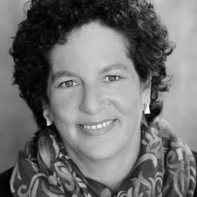 Debra Chasnoff Headshot