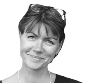 Delphine Basson Headshot