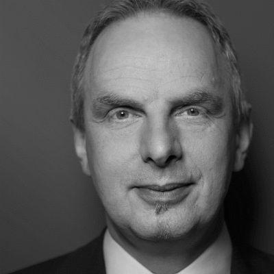 Detlef Müller Headshot