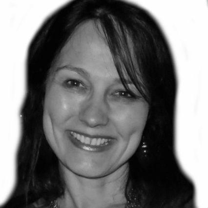 Diane Doucette Headshot