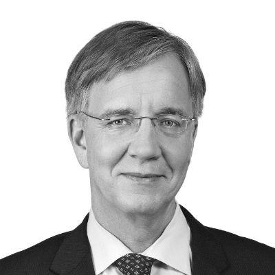 Dr. Dietmar Bartsch Headshot