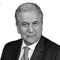 Δημήτρης Αβραμόπουλος Headshot