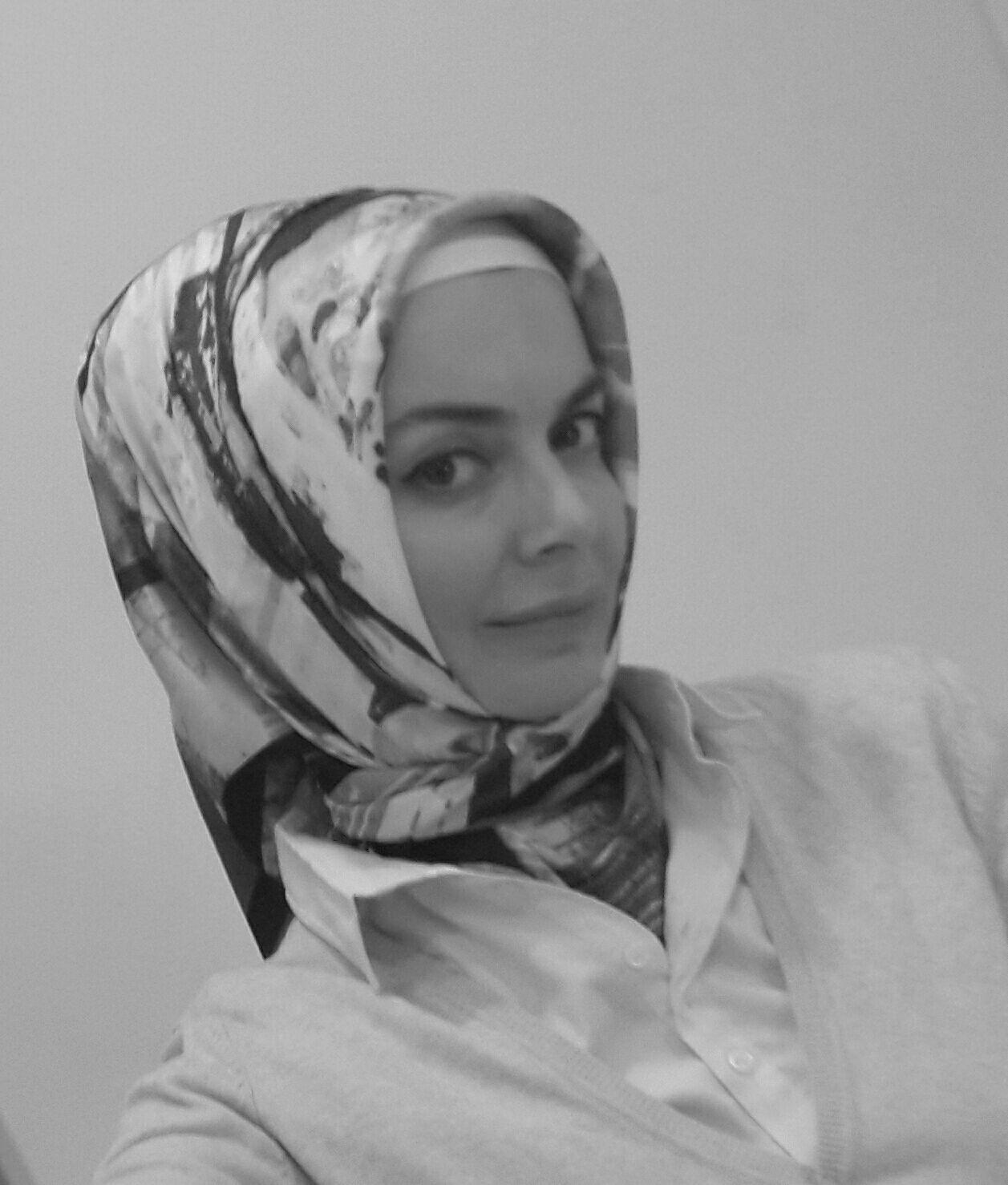 دينا رمضان Headshot