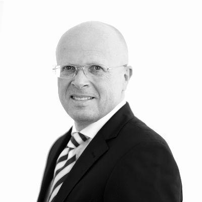 Dirk Bremer Headshot