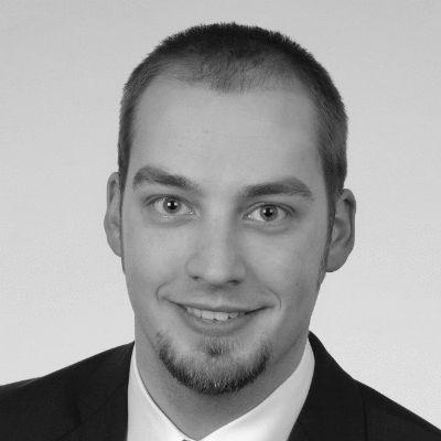 Dirk Neumann Headshot