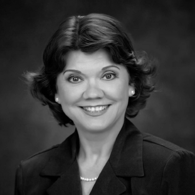 Donna Nelson Headshot