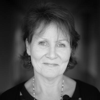 Dr Alison Strang