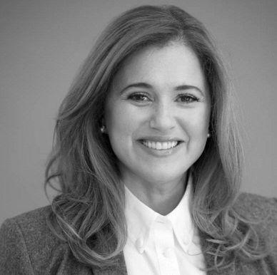 Dr. Amy Kaiser Headshot