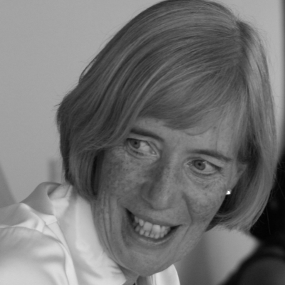 Dr Carole Easton Headshot