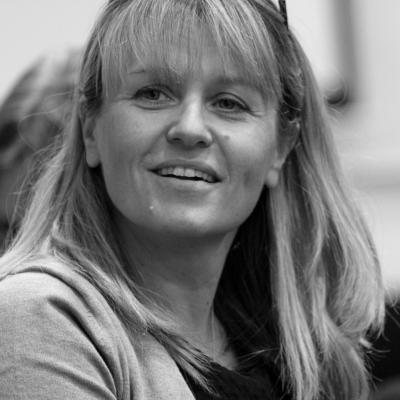 Dr Claire Sharpe