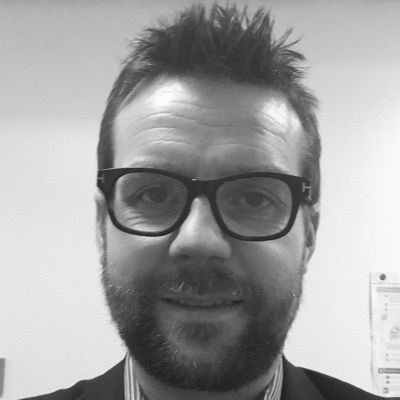 Dr Clive Peedell Headshot