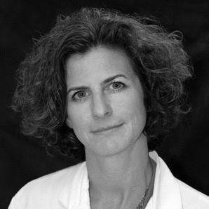 Dr. Damara Gutnick