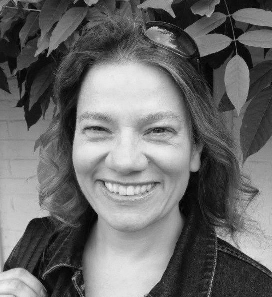 Dr Fiona Handyside