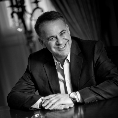 Dr. Ioannis Kent
