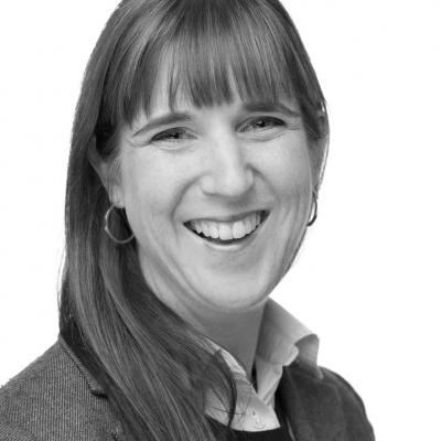 Dr. Jessica Hellmann
