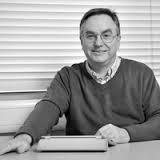 Dr Kevin Burden