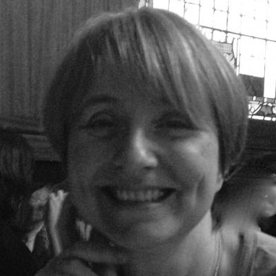 Dr Louise Irvine Headshot