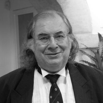 Dr Michael Arnheim