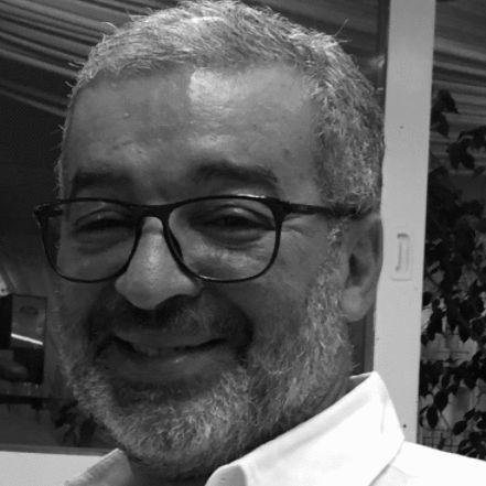 Dr Mounir Bachouchi Headshot