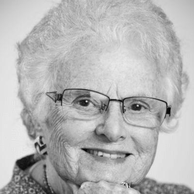 Dr. Natasha Josefowitz Headshot