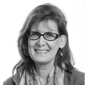 Dr Pamela Taylor
