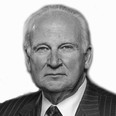 Dr. Robert L. Breuder