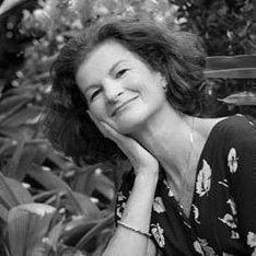 Dr. Suzanne Gelb